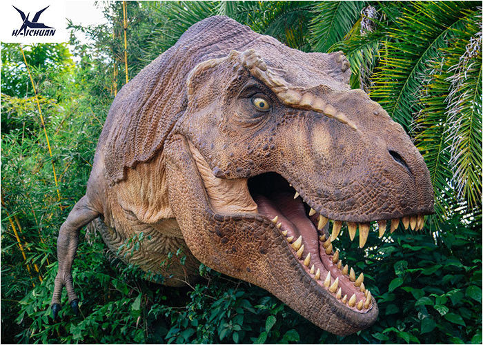 Gentil Dinosaur Yard Statue With Realistic Head Model , Dinosaur Garden Sculpture