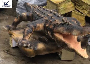 China Aquarium Life Size Animatronic Animals Artificial Alligator Waterproof Statues factory